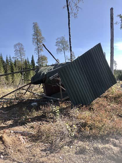 Torre de caza derribada en Suecia.