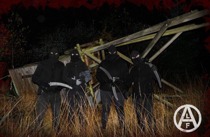 Torres de caza destruídas en Bélgica.